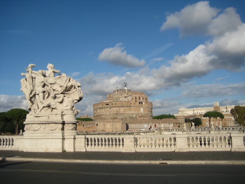 Castel Sant'Angelo vanaf de/ from the Tiber